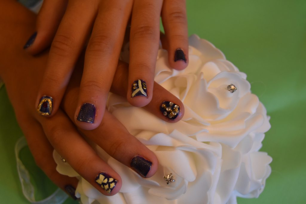 Beauty and the Beast Inspired Manicure