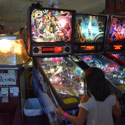 Pinball Hall of Fame: Old Fashioned Family Fun