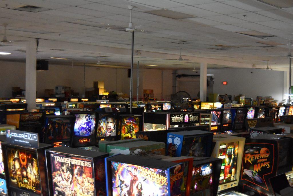 Pinball hall of fame-Room full of pinball machines
