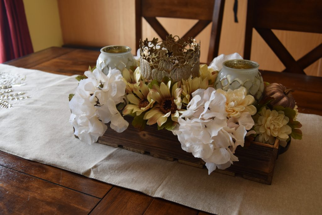 Easy DIY Fall Centerpiece-Back end of centerpiece