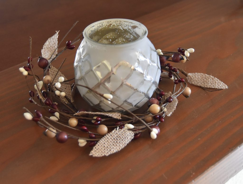 Simple Fall Home Decor-Candle within mini-wreath