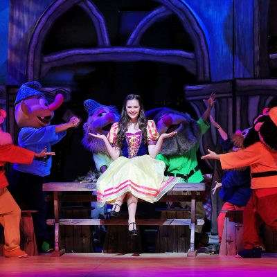 Snow White Christmas: A Must-See Holiday Tradition!