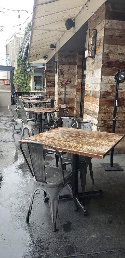 Outdoor seating at Eureka! in Irvine
