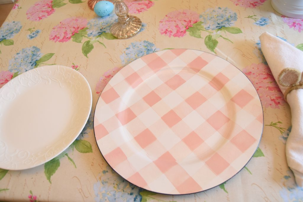 Plaid charger plate