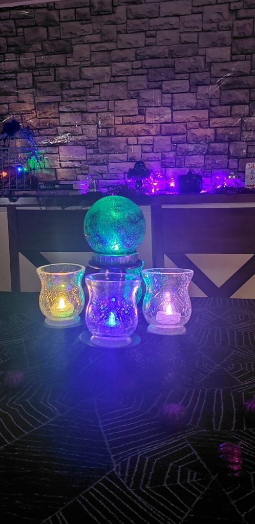 Witchy Chic Halloween Decor Ideas