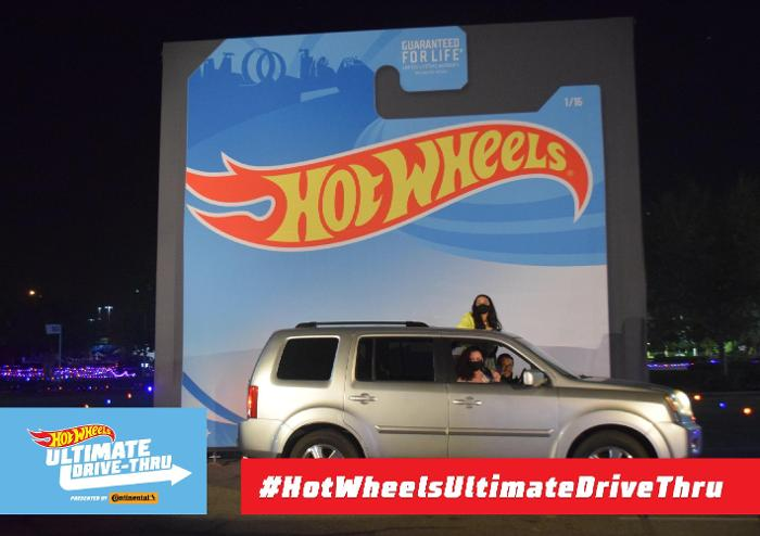 Hot Wheels Ultimate Drive Thru: A Car Lover's Dream!