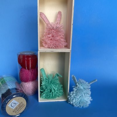 Pom Pom Bunnies: Easy DIY Easter Decor