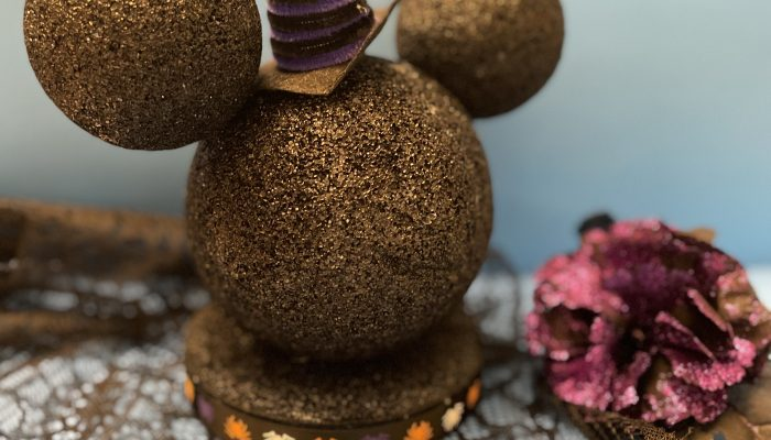 Minnie Mouse Witch Halloween DIY